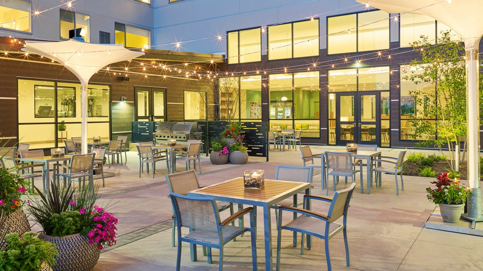 Wedding Venues Des Moines - Outdoor Patio