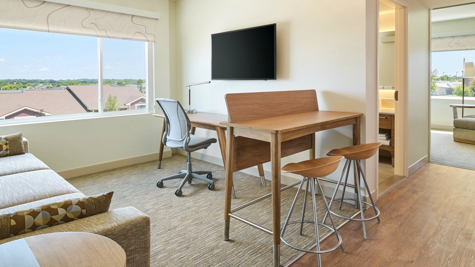 Des Moines Accommodations - Executive